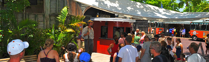 guests at the enterance of the key west shipwreck museum